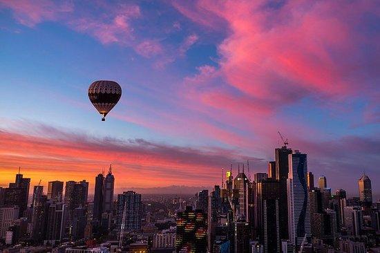 Vuelo al amanecer sobre Melbourne en...