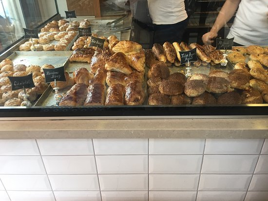 Zeynel Ergin Gevrek Fırını: Traditional, fresh, hot and delicious. It is a good experience for the foreigners to tast gevrek (like bagel) with cheese and tea.