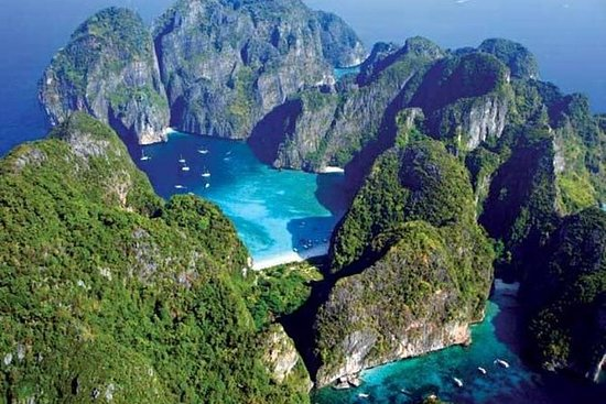 PHUKET: Phi Phi Island by Sea Angel...