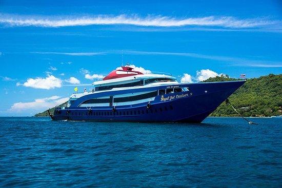 Phi Phi Island Tour door Royal Jet ...