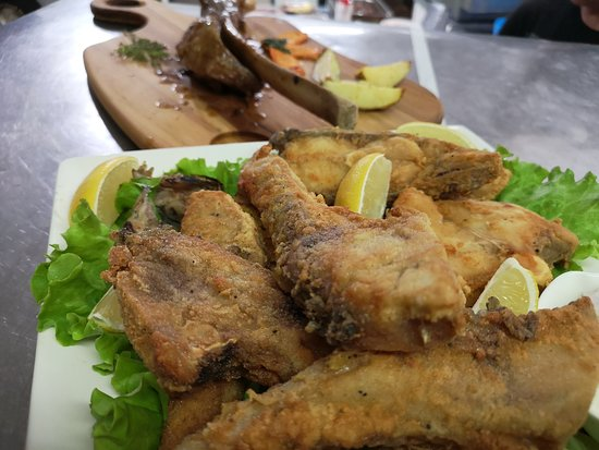 Ruse Province, Βουλγαρία: Fresh fish from Danube River