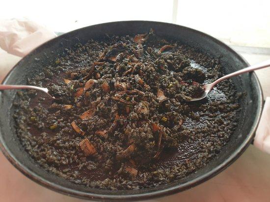 Barizo, España: arroz negro