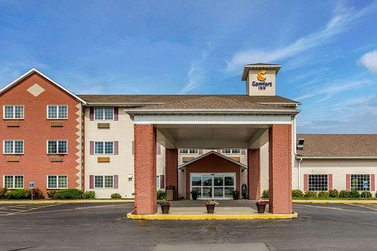 Story City, IA: Hotel exterior
