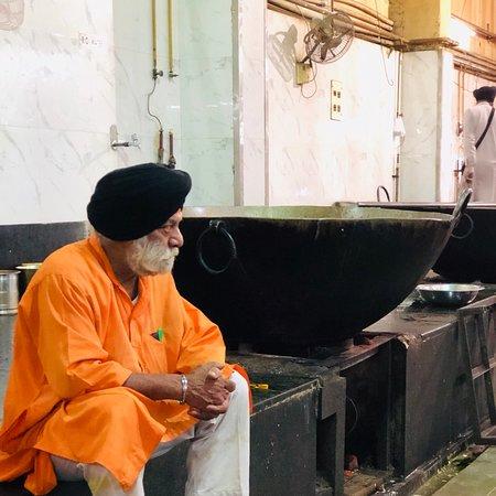 Gurudwara Bangla Sahib (New Delhi) - 2019 What to Know