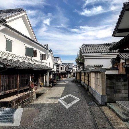 historic street in hizenhamashuku
