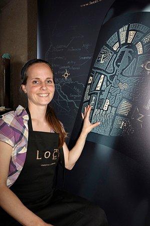 Limbach, Slovakia: Etiketa s pomyslným geniem loczi
