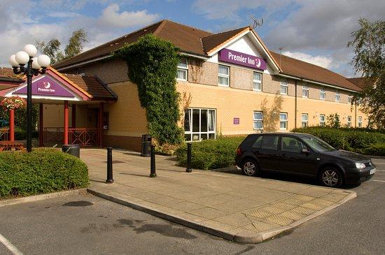 Premier Inn Pontefract North hotel