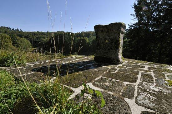 Ambazac, Francia: © PERICAT Stèle de la déesse Epona - Jabreilles-Les-Bordes