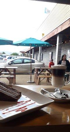 Lanco, Chile: Cafeteria de granos y las mejores tortas de la zona