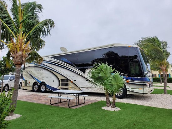 Keys Palms RV Resort