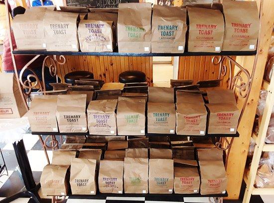 Trenary, Мичиган: Free samples of Trenany Toast :-)