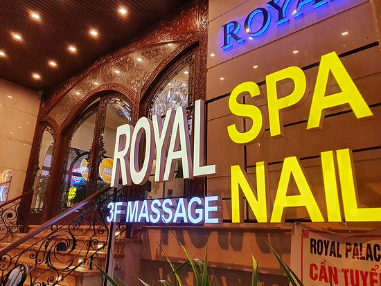 Royal Spa & Nail - Massage