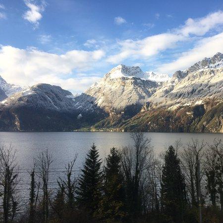 Sisikon, Schweiz: Alpi svizzere