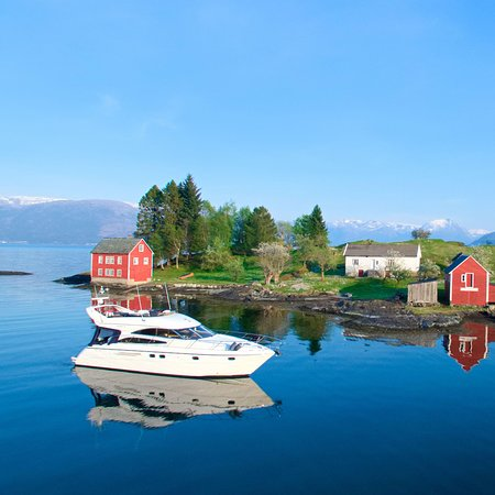 See the Fjords - Private Fjord Cruise Hardanger