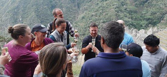 View Peru & Signatures