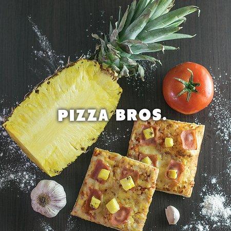 Pizza Hawaiana con productos 100% naturales