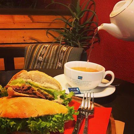 nuestros fabulosos sandwich en pan ciabatta