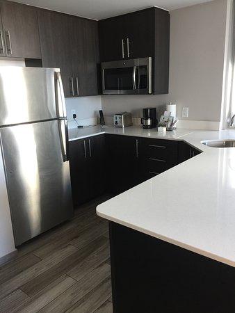 Nice little kitchen...