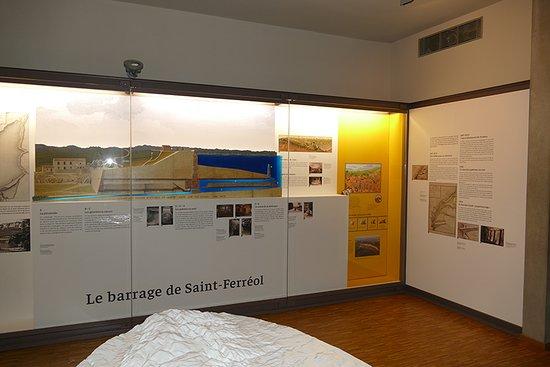 Saint Ferreol, Francia: l'intérieur du RESERVOIR, Espace découverte du canal du Midi