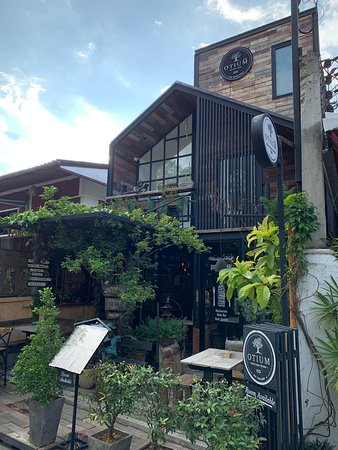 Witching Well Restaurant and Wine Bar照片