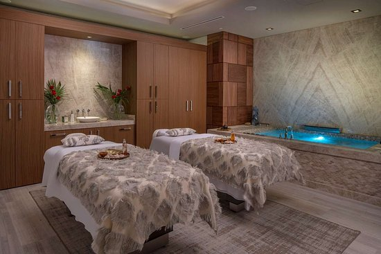 The Post Oak Hotel at Uptown Houston: SPA Couples retreat