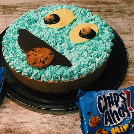 Excellent Cake Chips Ahoy Picture Of Nietos American Burger La Felguera Funny Birthday Cards Online Fluifree Goldxyz