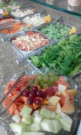 Saladas buffet completo