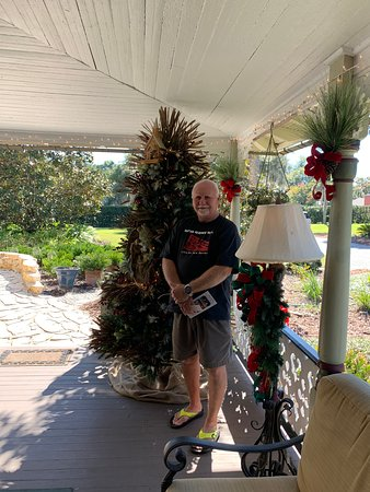 Stunning and heartwarming Christmas Home Tour
