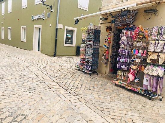 Souvenir Shop Hani