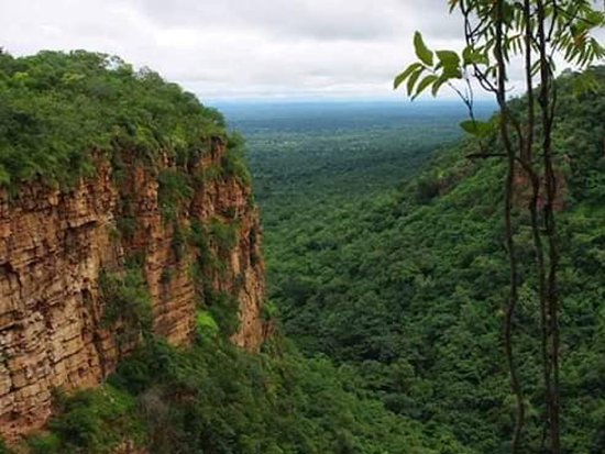 Kedougou, סנגל: Les montagnes de dindefelo 