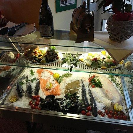 Beste Fisch lokal im Neumarkt