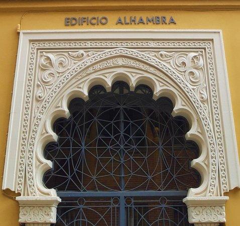 Edificio Alhambra