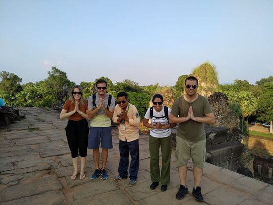 The visit around the small circuit and Pre Rup for sunset which was so beautiful on that day.