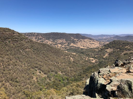 Coolah, Australia: Another view from the pinnacle