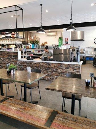 Toongabbie, Austrália: Claudia Road Cafe