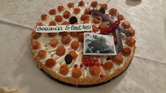 Castelcucco, Itálie: il dolce offerto da Enrico.