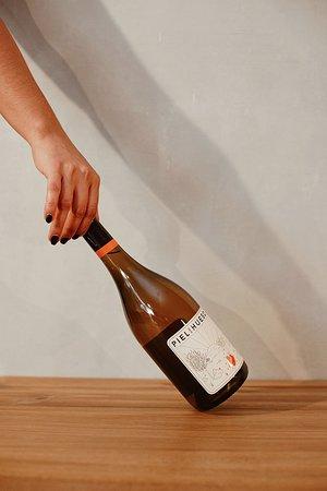 Vino Naranjo Pielihueso