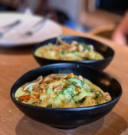 Vedge- The go-to place for vegetarians!