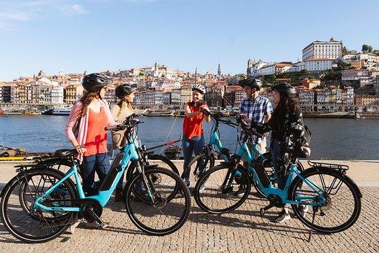 Porto: Fietstour met gids door oude ...