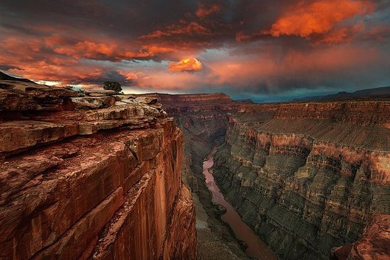 Grand Canyon und Hoover Dam Bustour ab...