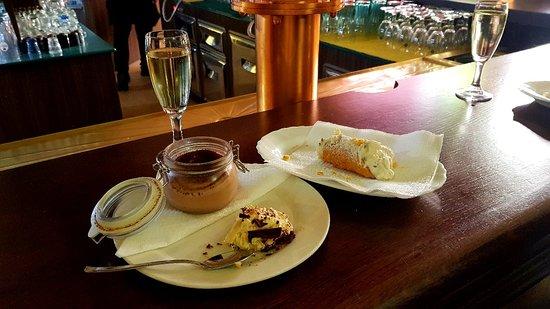 immagine London Caffe In Reggio nell'emilia