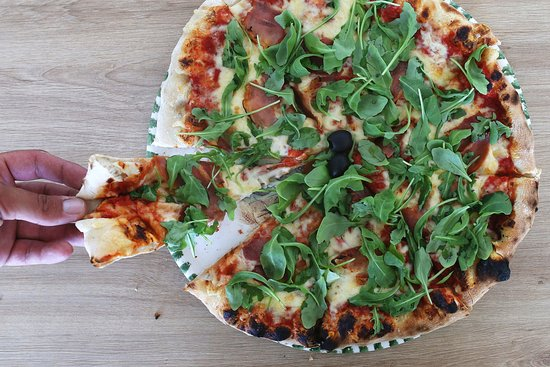 Antinov : Try our pizza !
