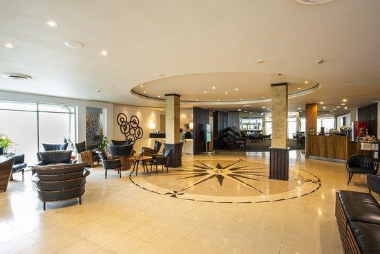 Holiday Inn Suva: Lobby