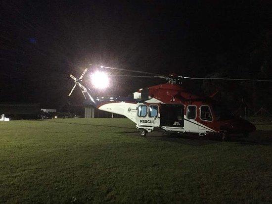 Night flight from Jackson rd Oval