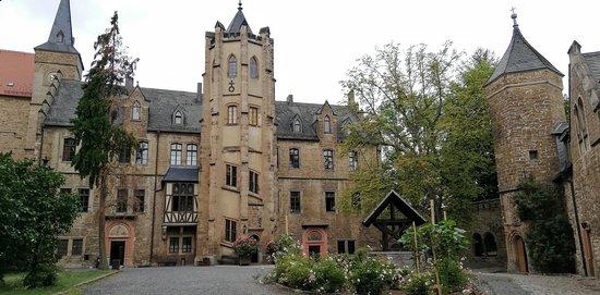 Schloss Mansfeld Vorderort mit Treppenturm