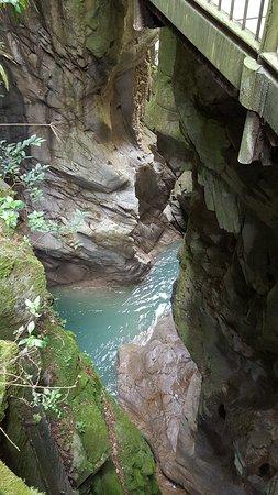 Wasserfälle von Bad Gastein. Historische Gebäude.