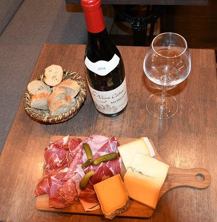 Planche mixte & vin ! Ambiance cuisine de partage