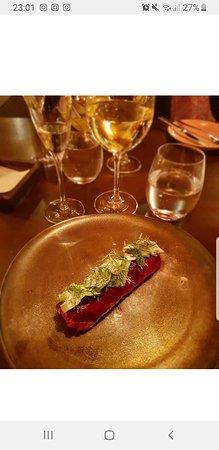 Mysig liten restaurang, goda rätter och ett professionellt bemötande!