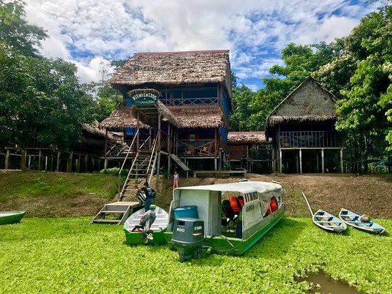 Yaku Amazon Lodge & Expeditions