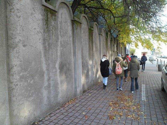 Kupec benátský se hraje v Benátkách - ne ovšem v divadle, ale poprvé ve starém židovském ghettu, založeném před pěti sty lety.